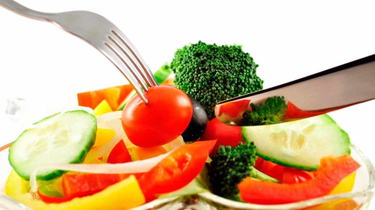 Una-dieta-saludable-y-bien-balanceada-te-asegura-una-buena-nutrición-y-buena-salud…