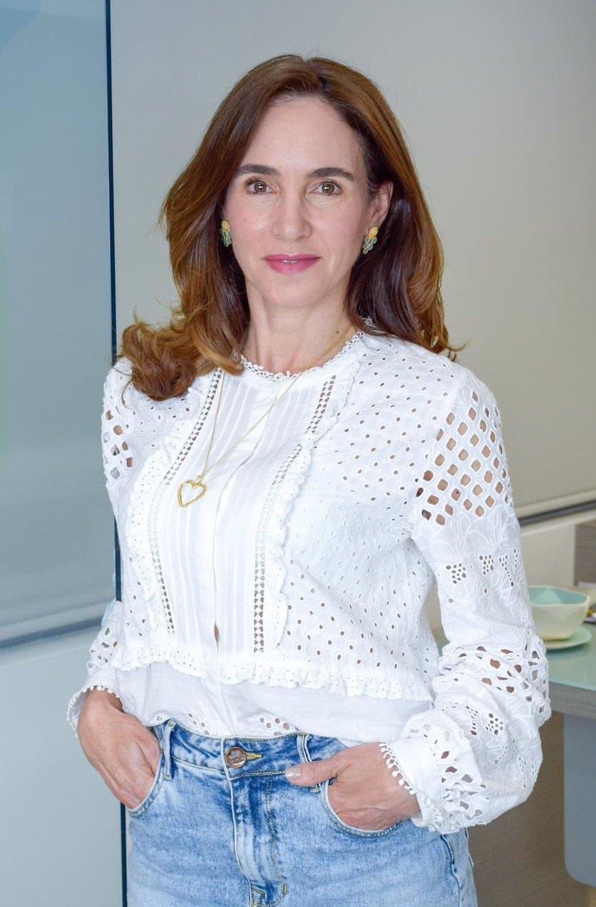 Dra Pilar Navarro Dermatologa short